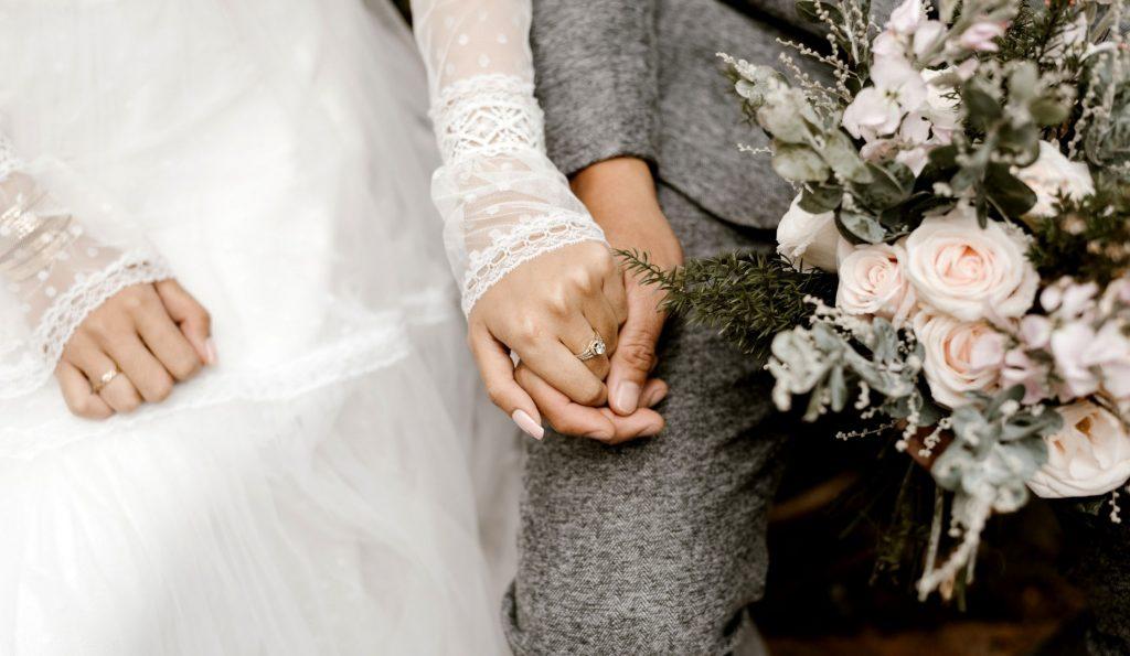 15 Tips Menabung dengan Pasangan untuk Biaya Pernikahan