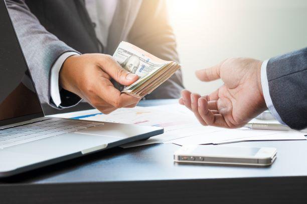 4 Alasan Pinjaman Uang Berperan Penting untuk Bisnis